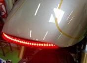 Feu ar à leds et clignotants intégrés + veilleuse et stop