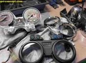 Démontage complet du compteur pour nettoyage et changement ampoules