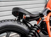Selle Bobber et fixations usinées