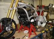 Pré-montage de la partie cycle et mécanique
