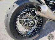 Train Ar avec roue à rayons déportés by Kineo