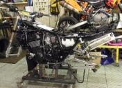 Montage de la fourche inversée de ZX12R