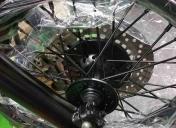 Epoxy noir des roues