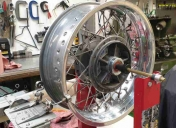 002-rayonnage-de-roue