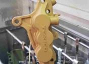 Anodisation gold des étriers 6 pistons