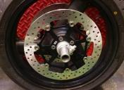 Disques Av neufs, roulements de roue neufs