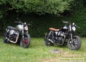 Vue des 2 Triumph T100